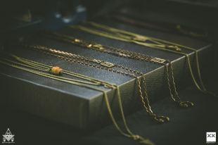 Top brass chains