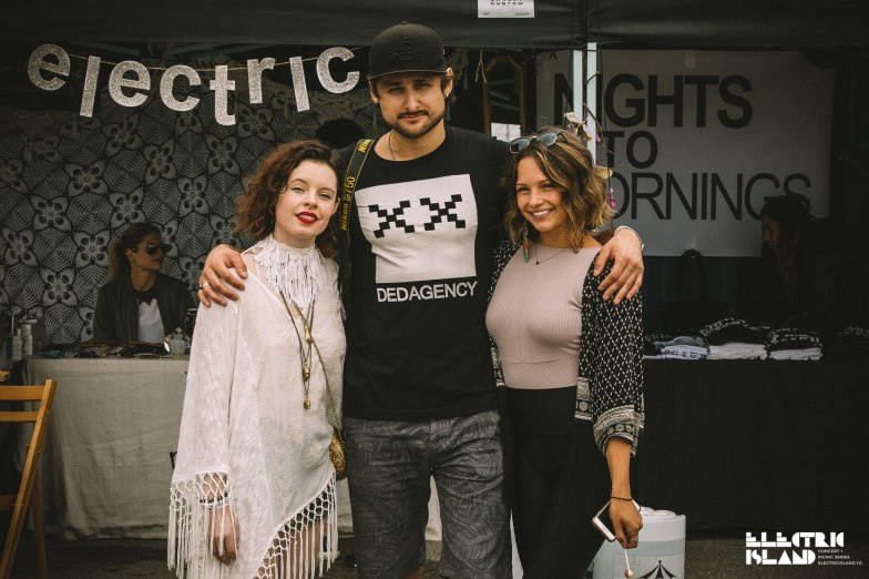 From left to right: Camille, founder of Top Collective, Alec Donnell, Photographer at DED AGENCY, and Michelle, organizer of Electric Market and founder of Del Sol