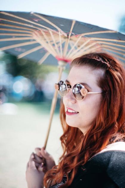 Top sunnies and sumbrella